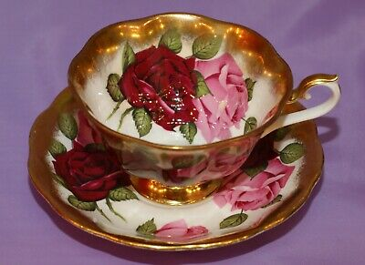 Royal Albert TREASURE CHEST SERIES Teacup & Saucer Duo Red Pink Roses Gold Gilt