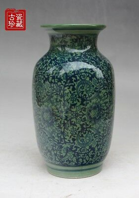 Chinese jingdezhen old blue and white porcelain vase