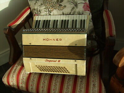 Nice Old 1930's ? M HOHNER 48 bass Imperial III Piano-Keyed  Accordion