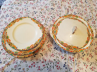 Vintage GRINDLEY GAIETY  Plates and  Dish with Lid1