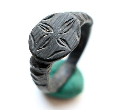 Ancient Old Bronze Floral Type Finger Ring (OCR)