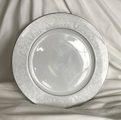 """Set Of 7 Crown Victoria China Lovelace Dinner Plates 10"""" Diameter Excellent"""