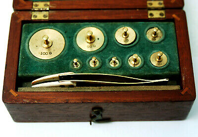 SUPERB ANTIQUE CASED SET SCIENTIFIC APOTHECARY BRASS WEIGHTS 100gm - 1gm