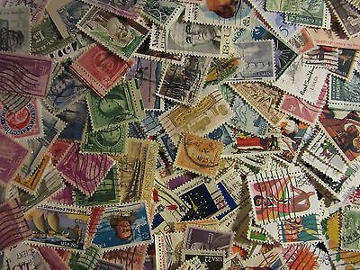 USA postage stamp lots 300 ALL DIFFERENT USED STAMPS GREAT MIX FREE SHIPPING L33