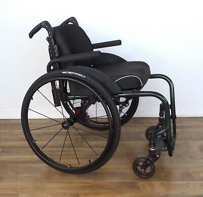 Quickie GT wheelchair, Frog Legs forks, 12-spoke wheels - ti-tilite-spinergy