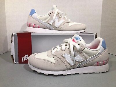 eb1edf02a447 New Balance WL696OSA Women s size 7 cream suede sneakers shoes ZW – 242