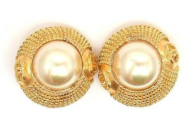 2af1b62116c606 AUTHENTIC CHANEL VINTAGE Gold Metal Cabochon Pearl Clip On EARRINGS ...