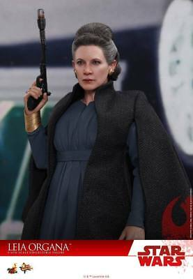 Hot Toys 1:6 Scale Star Wars: The Last Jedi - Leia Organa HT-903333