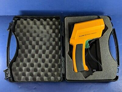 Fluke 572 Infrared Thermometer, Good Condition, Hard Case