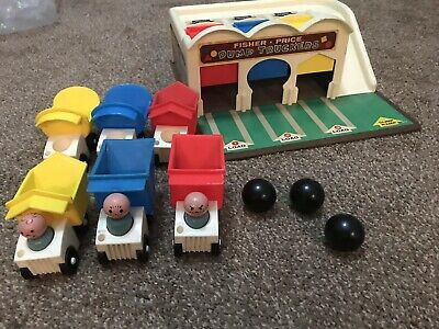 Vtg 1965 Fisher PRICE LITTLE PEOPLE DUMP TRUCKERS 100% Complete With EXTRAs HTF
