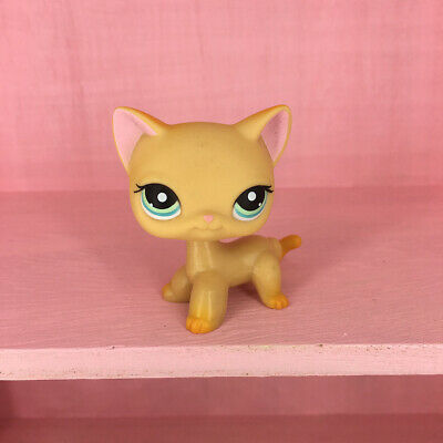 LPS 339 Collection Littlest Pet Shop Yellow Short Hair Cat Pink Ear Kitty Toys