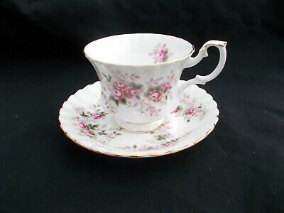 Royal Albert  LAVENDER ROSE. Teacup and Saucer