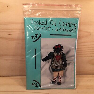 """HOOKED ON COUNTRY """"Harriet"""" 48cm Doll Sewing Paper Pattern **NEW**"""