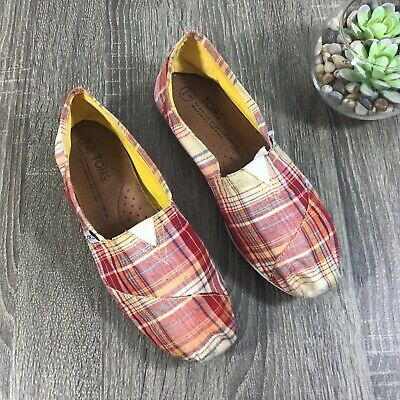 2395154b50d TOMS RED + White Campus Classic Canvas Women s Shoes Size 5 -  24.00 ...
