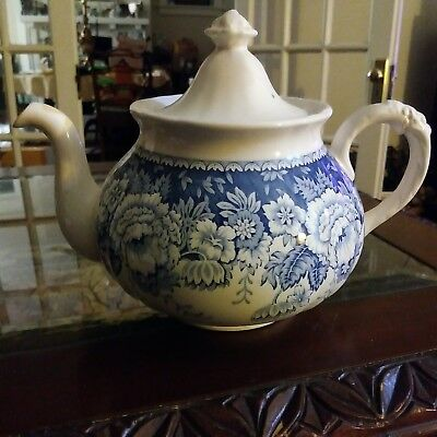 Mason's Blue And White Crabtree & Evelyn Teapot London England