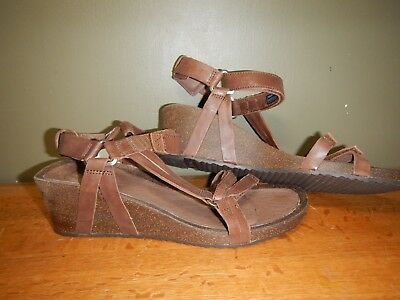 71ed399cd Teva Ysidro Universal Wedge Sandal (Women s) - Brown - New