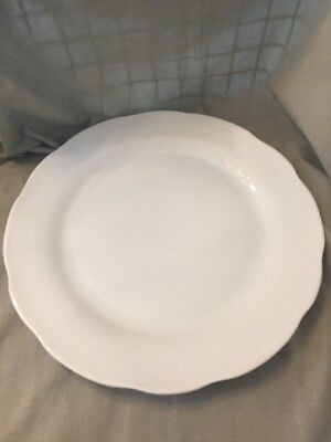 YHY 10.6-inch Porcelain Dinner Plate Scallop Edge White Scalloped Fine