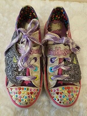 a05570bb317f4 Skechers Girls Size 2 Twinkle Toes Shuffles Flutter Up Lights Wings