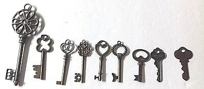 👉LOT of 9🔑 ANTIQUE SKELETON HOUSE KEYS RUSTIC VICTORIAN🔑INDUSTRIAL DOOR Decor