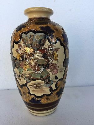 ANTIQUE 19c ASIAN JAPANESE HAND PAINTED SATSUMA VASE