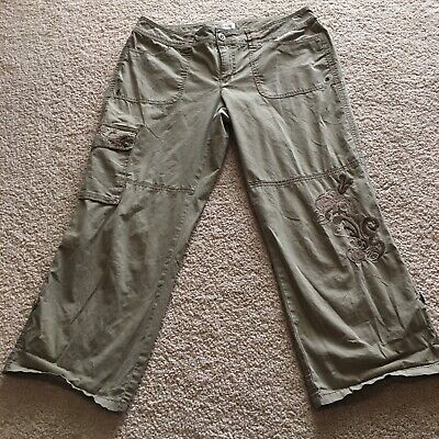Cache - Size 4 Pants Olive Cargo Style Embroidered