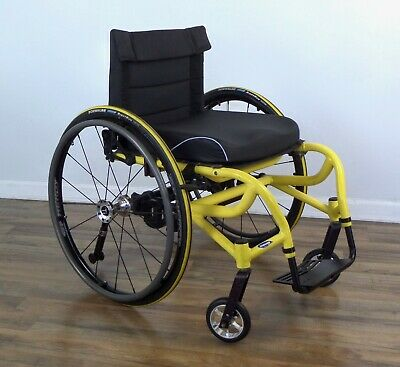 Invacare A-6S wheelchair, shock-absorbing suspension, Spinergy wheels - tilite