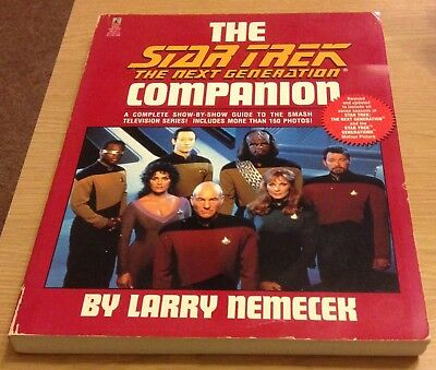 THE STAR TREK THE NEXT GENERATION COMPANION Larry Nemecek Book (Paperback)