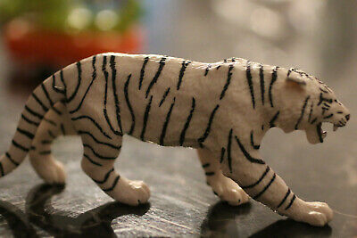 Safari Ltd. Wildlife Wonders White Siberian Tiger figure toy collectible