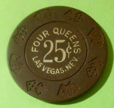 1970s FOUR QUEENS CASINO LAS VEGAS NEVADA .25 CENT CHIP GREAT FOR ANY COLLECTION