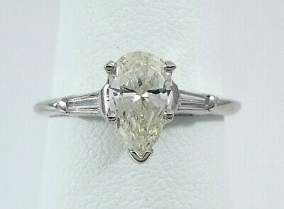 Beautiful 0.80ct Pear-Shape DIAMOND on White Gold Engagement Ring - R9914