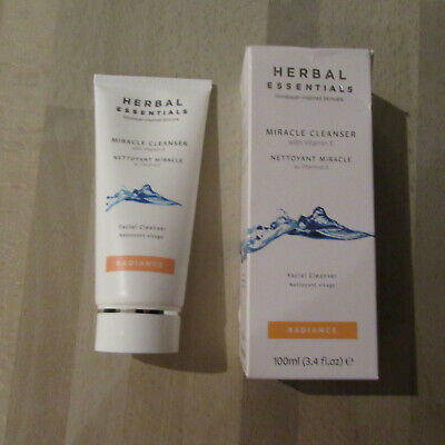 HERBAL ESSENTIALS - Miracle Cleanser With Vitamin E - Facial Cleanser - 100ML.