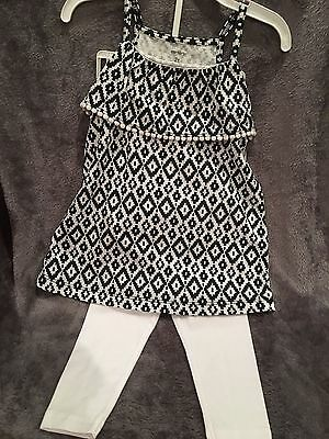 3739e4ba17899 Nwt Carters Girl's Toddler 2 Pc Black White Top, White Capri Leggings ~ 2T