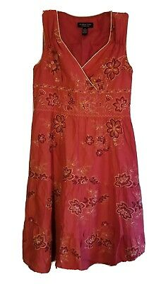 Signature By Robbie Bee Womens  sleeveless Embroidered size10 gold piping dress