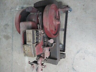Antique hit miss gas engines