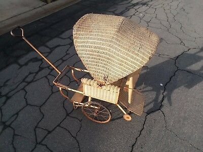 SUPER RARE 1920's-1930's VICTORIAN BABY CARRIAGE WITH PULL HANDLE.......LOOK