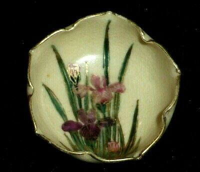 Stunning Antique Japanese Meiji Small Satsuma Bowl with Iris Flowers, c1900.