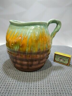 Absolutely stunning Remued Australian pottery jug
