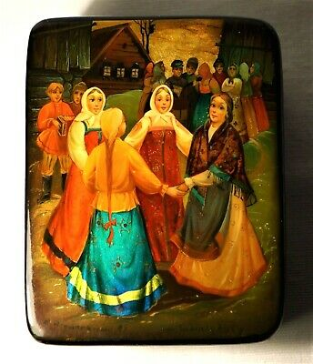 Vintage Russian  100% Original Laquer Box Fedoskino Papier Mache Signed 1989