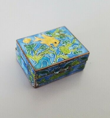 Chinese Cloisonne Bird Buterfly Flowers Enamel Pill Box / Snuff Box CHINA
