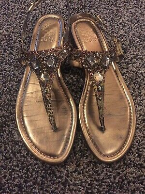 8d4cf7e6d43a VINCE CAMUTO GOLD Jewelled Mallory Thong Sandals Size 10 -  5.00 ...