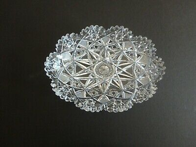 Beautiful Vintage Lead Crystal Cut Glass Candy Serving Dish Sawtooth Edge Euc