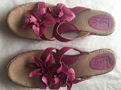 "5c3eaf633229 Born Women s Pink Leather Wedge Slide Thong Sandals 3"" Heel Size 9 40.5"