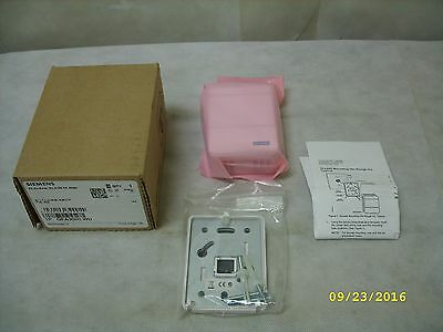 SIEMENS HVAC HUMIDITY ROOM SENSOR - RH 2% White 0-10V - QFA3000.WU NEW