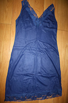 vintage BNWoT navy blue nylon chemise size 8-10UK