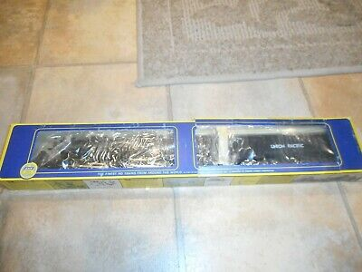 AHM 4-6-6-4 Locomotive 5113-02 du Challenger Union Pacific 3967 HO SCALE NOS
