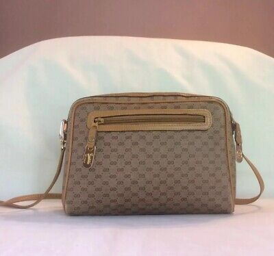 b2a6f6d35b1 VINTAGE GUCCI MICRO Gg Supreme Coated Canvas Messenger Crossbody Bag Italy  -  157.50