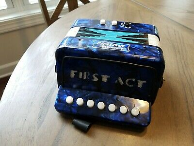 KIDS ACCORDION MUSICAL Instrument 2003 FIRST ACT DISCOVERY