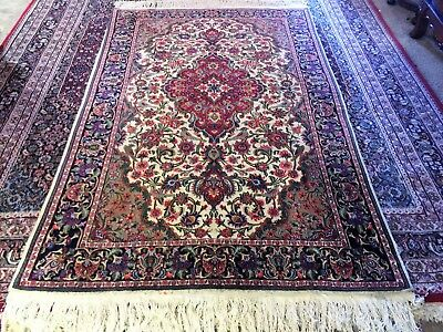 Fine Quality Antique Wool & Silk  Hand knotted Persian Rug Carpet Runner