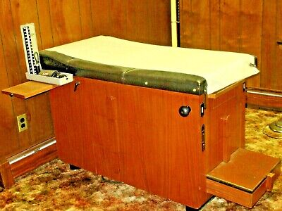 Medical Exam Table Hamilton Manufacturing Co. Vintage 1950s