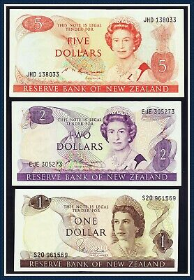 New Zealand 3 Banknotes of the 1980's, $1, $2, and $5.